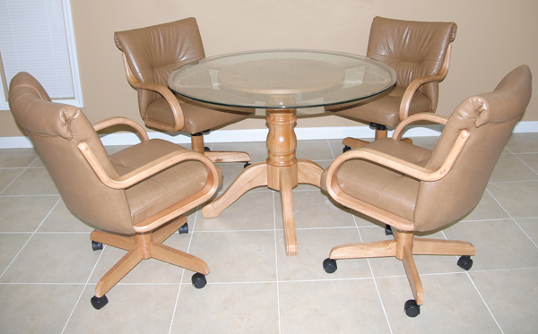 280 Caster Chairs Dinette