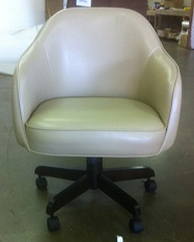 Jesse Boone Caster Chair